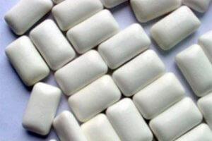 Никотиновая жевательная резинка со вкусом мяты