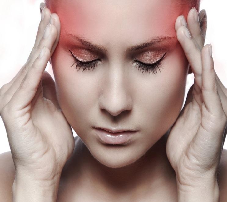 Головная боль у человека один из симптомов гельминтоза