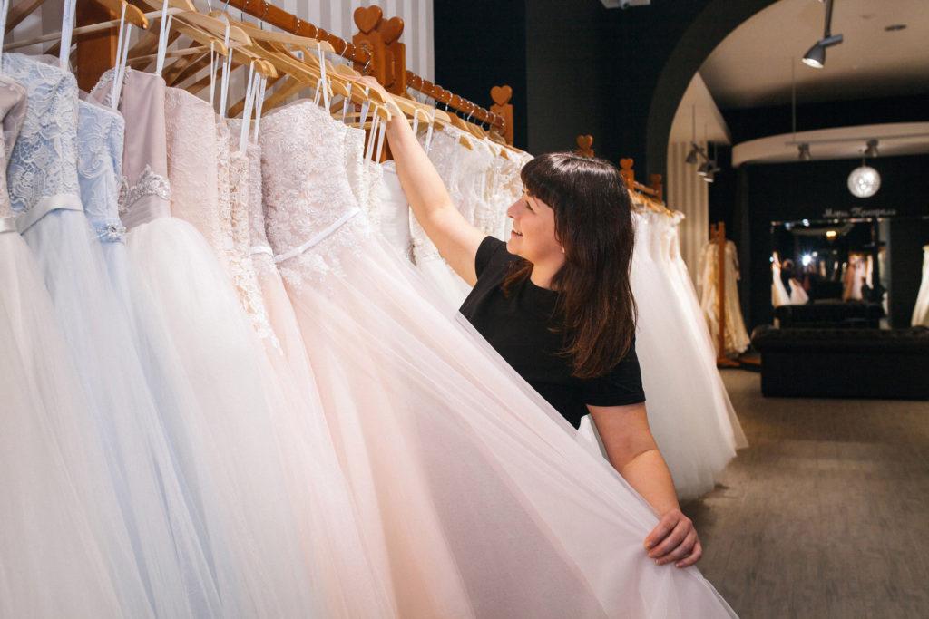 Как выбрать свадебное платье для полной невесты?