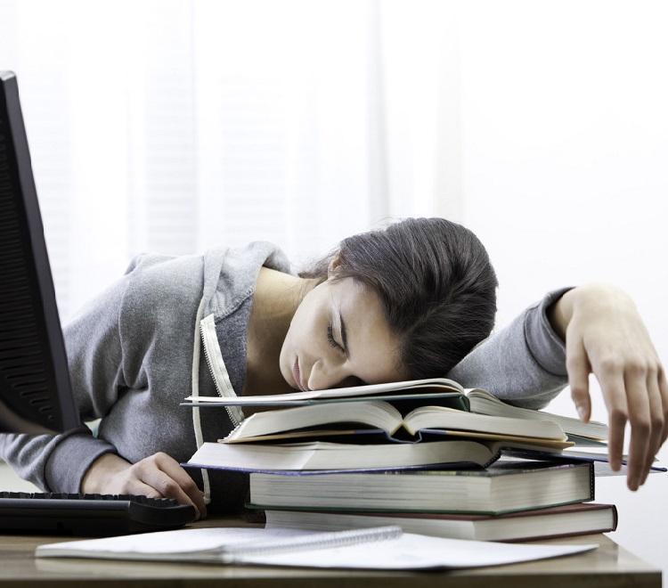 Хроническая усталость - симптом наличия паразитов в организме