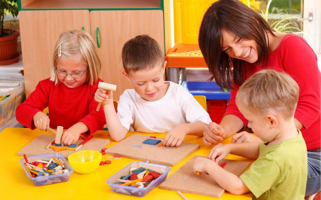 Нужно ли ребенку ходить в детский сад
