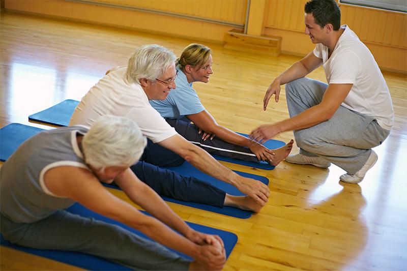 Базовые упражнения для профилактики и лечения заболеваний позвоночника