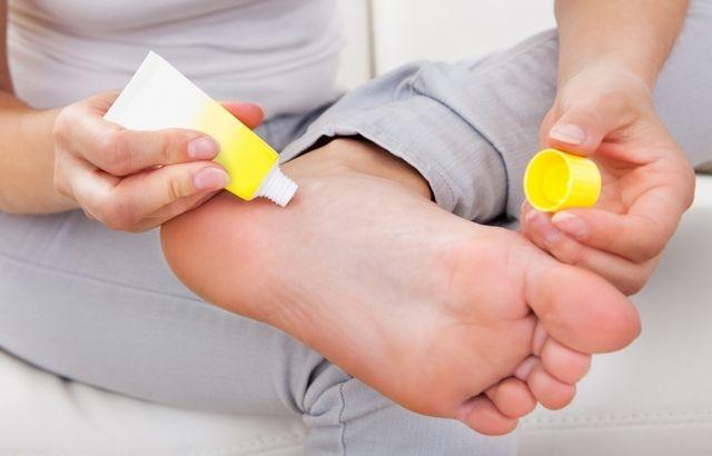 Мазь после обморожения ног: как применять