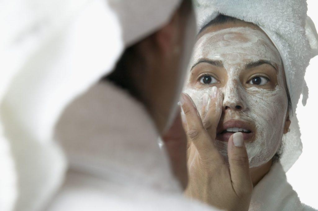easy-homemade-facial-mask-naked-girl-old-guy