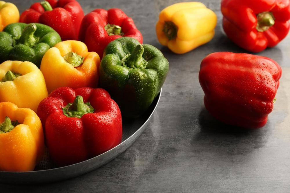 болгарский перец красный,желтый,зеленый