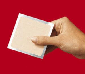 Пластырь для пораженных ногтей с кератолитическим действием