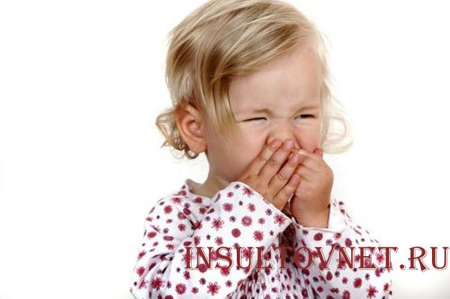 У ребенка болит голова после еды