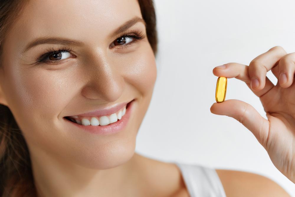 Как применять витамин A для кожи лица: в ампулах, капсулах, продуктах