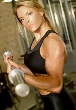 «Упражнения уродуют фигуру» или правила изящных тренировок