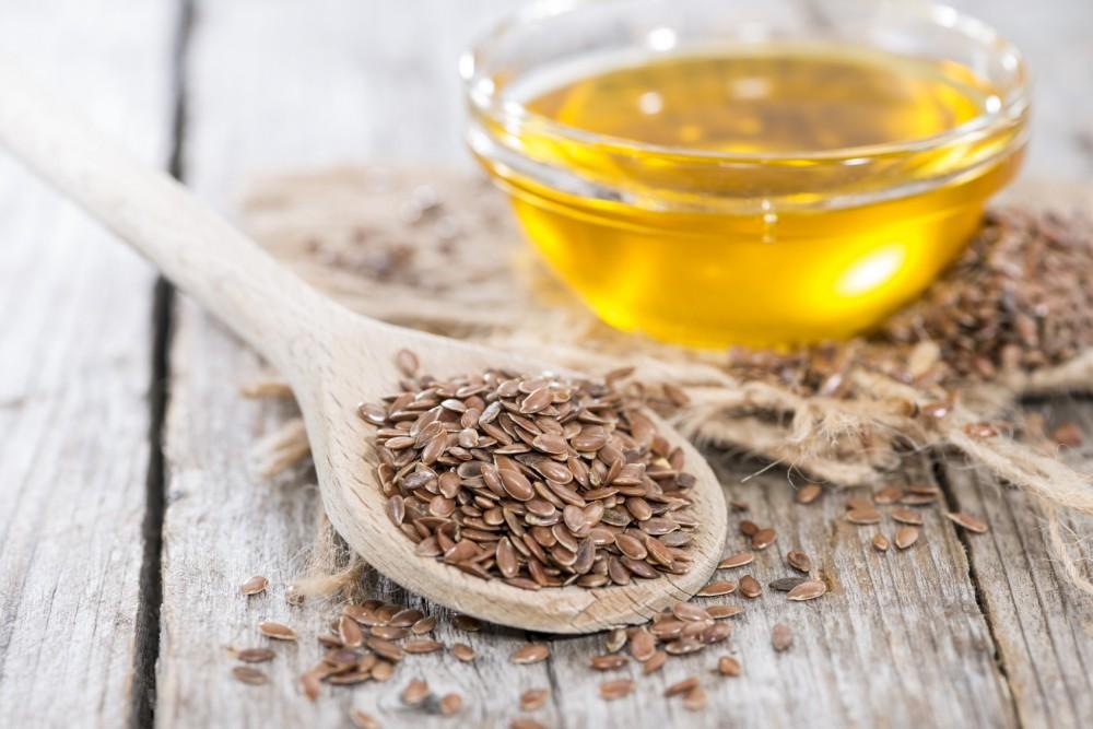 Льняное масло: полезные свойства и противопоказания