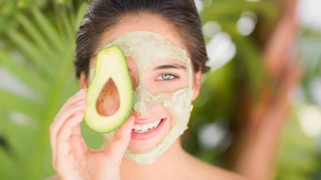 Маска из авокадо для питания кожи