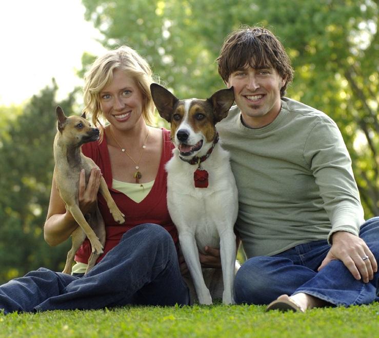 Контакт людей с собаками - распространенный источник заражения паразитами