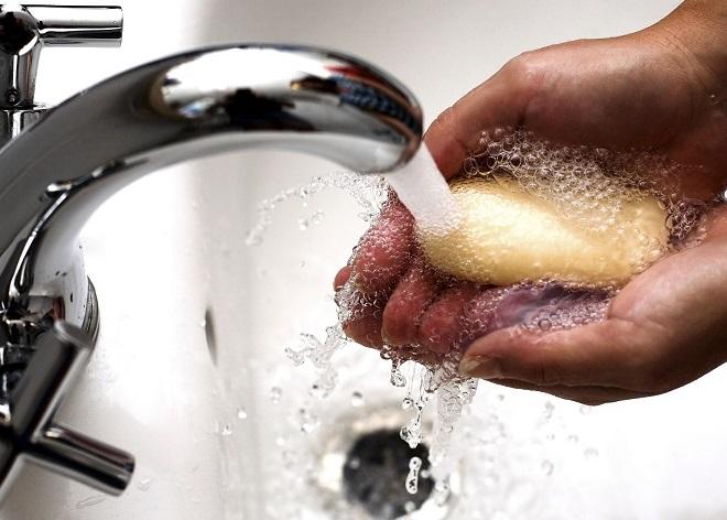 Мыть руки во время лечения от остриц